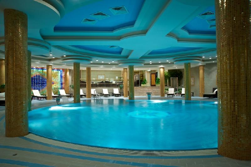 Swimming Pool Dehumidification : Swimming pool ventilation and dehumidification london